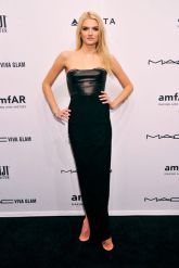 amFar Black Carpet 2013 (5)
