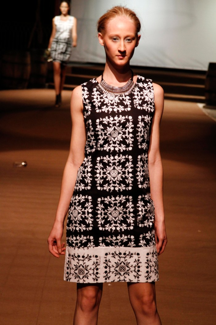 CLUB NOIR_RMM1 por Lana Pinho (Blog Mean Fashion)  (1)