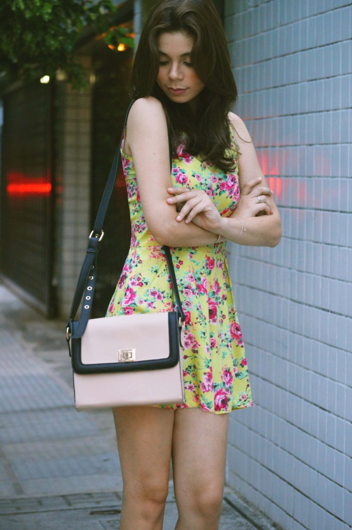 Look do dia Macaquito Floral Renner Larissa Barbosa 2